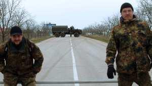شبه جزيرة القرم تحت سيطرة روسيا وبوتين يقبل الحوار