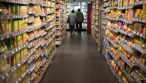 دراسة: توفر المأكولات بأسعار رخيصة نشر البدانة لدى البشر