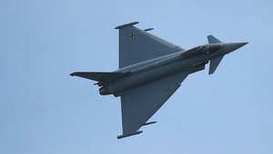 لندن: مقاتلتان تعترضان قاذفة قنابل روسية تحلق قرب المجال الجوي البريطاني