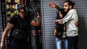 تركيا: الشرطة تطلق الغاز المسيل للدموع لتفريق متظاهرين قرب ساحة تقسيم بإسطنبول