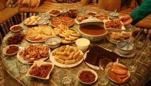 الحريرة والزميطة والخليع والبطبوط..أكلات تقليدية تزين مائدة إفطار المغاربة خلال رمضان