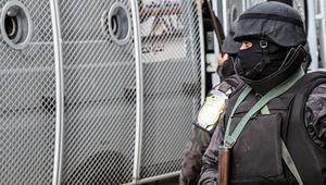 مصر: سقوط قتلى ومصابين في اشتباكات بين الشرطة وإرهابيين بالواحات