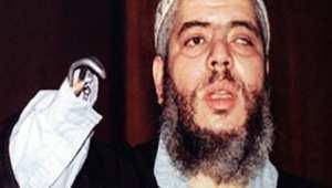 أبوحمزة المصري يواجه محاكمته بالإرهاب: ذهبت للندن للمرح على الطريقة الأمريكية