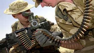 بريطانيا تعلن إهدائها لأسلحة ومعدات عسكرية لحكومتي العراق وكردستان تصل الأربعاء