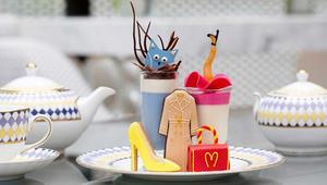 تناول أشهى الحلويات في مقهى الملكة إليزابيث المفضل!