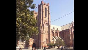 تصاميمها رائعة وأغلب طلّابها مسلمين.. ماذا تعرف عن كنائس باكستان