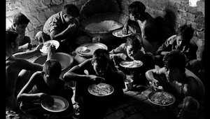 أطفال بنغلادش وأحلام جيل تضيع بين أكوام القمامة