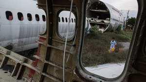 مقبرة للطائرات تتحول لملجأ للمشردين ووجهة للمسافرين
