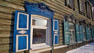 هذه البحيرة في روسيا تتربع على قائمة أكبر عجائب الدنيا في العالم!