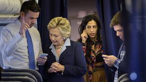 """تحقيق جديد لـ""""FBI"""" في رسائل مرتبطة ببريد هيلاري كلينتون"""