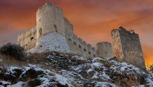 إحداها في حمص .. هذه أجمل القلاع المهجورة في العالم!