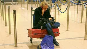 هل تفضل استخدام الهاتف في الطائرة أم الاستمتاع بإجازة من ضغط التكنولوجيا؟