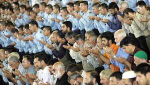 أرشيف، صورة لصلاة الجمعة في جامعة طهران 2006