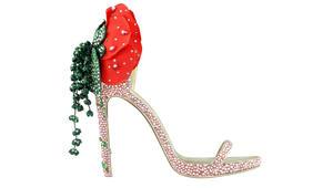 مرصع بالذهب والألماس.. هذا هو أغلى حذاء في العالم بدبي