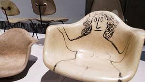كيف ابتدع هذا الثنائي تصاميم أغرب أنواع الكراسي في العالم؟