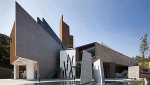 من بينها منتجع رفاهية في قطر وآخر في طهران.. هذه أفضل تصاميم العمارة لعام 2016