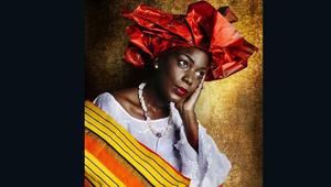 نساء أفريقيات يعدن إلى جذورهن..بهذه الأزياء
