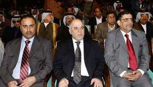 حيدر العبادي رئيس الوزراء العراقي المكلف (وسط) خلال مؤتمر عشائر العراق 2009