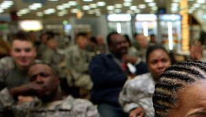 """احتجاجات ضد قانون """"عنصري"""" يمنع تسريحات مثل """"حقل الذرة"""" بالجيش الأمريكي"""
