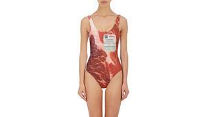 ملابس سباحة بصور لأجساد عارية.. هل تجرؤ على ارتدائها؟