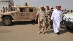 الأمير محمد بن ناصر بن عبدالعزيز يجتمع مع قادة عسكريين في الجنوب بعد قصف الطيران السعودي مواقع للحوثيين على طرفي الحدود اليمنية والسعودية 6 نوفمبر/ تشرين الثاني 2009