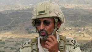 ضابط سعودي في أحد المواقع بجبل دود في الخوبة جنوب جازان 27 يناير/ كانون الثاني 2010 بعد انسحاب مقاتلي الحوثي