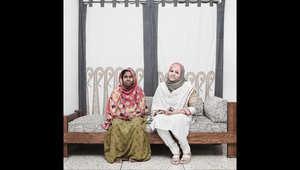 وتقول ماوا إن التقاليد في دكا هي إعطاء الخادمات وجبتين في اليوم و15 دولارا في الشهر لأتعابهن.