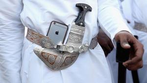 السباق على رخصة الاتصالات الثالثة بعُمان ينطلق من الكويت والسعودية