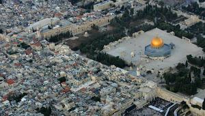 عريقات: الاعتراف بالقدس عاصمة لإسرائيل سيخلق فوضى لا تحمد عقباها