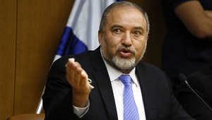 إسرائيل تعيد استدعاء قوات من الاحتياط وليبرمان يشدد: لا حل إلا بإخضاع حماس عسكريا