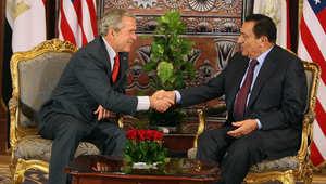 جورج بوش الابن وحسني مبارك خلال لقاء سابق في القاهرة