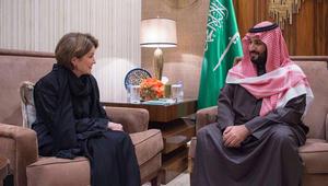 """محمد بن سلمان يبحث """"توطين"""" الصناعات العسكرية مع رئيسة """"لوكهيد مارتن"""""""