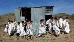 خلفان ينشر صورة معلقا: الحشاشون الجدد.. الحوثيون يبنون كعبة.. لبيك يا خامنئي