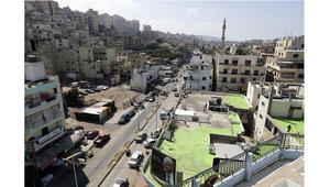 فنانان لبنانيان يحولان منطقة نزاع سابقة إلى عملٍ فني عملاق