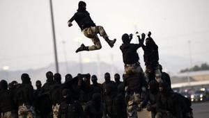 """صور وفيديوهات القوات السعودية تجتاح تويتر ضمن وسم """"العرض العسكري لقوات أمن الحج 1437"""""""
