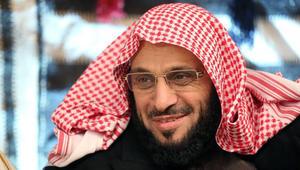 """القرني يعتذر عن """"كلامه في معاوية بن أبي سفيان"""".. شاهد ما قال"""