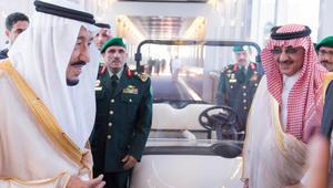 الملك سلمان يغادر السعودية في إجازة خاصة.. ويُنيب محمد بن نايف في إدارة شؤون المملكة