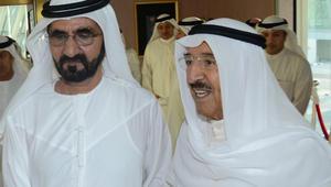 """وسط أزمة قطر.. أمير الكويت يصل الإمارات في """"زيارة أخوية"""" بعد السعودية"""