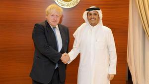 وزير خارجية بريطانيا يدعو لإنهاء مقاطعة قطر.. ويرحب بتصريحات الأمير تميم