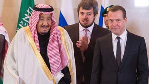 الملك سلمان في روسيا: يجب توقف إيران عن سياساتها التوسعية