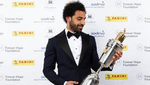 ماذا قال محمد صلاح في أول تصريح له بعد الفوز بجائزة لاعب العام؟