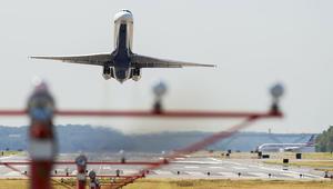 شركات الطيران الأمريكية تستنجد بترامب لمواجهة المنافسة الخليجية