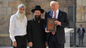 ترامب أمام نتنياهو يرد على تقارير تسريبات المخابرات: لم أذكر إسرائيل أبدا