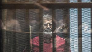 """إلغاء أحكام الإعدام والسجن لمرسي وقيادات الإخوان بقضية """"التخابر"""""""