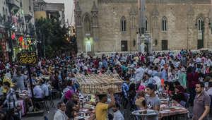 """مصر: علماء يردون على فتوى """"تحريم فرض الضرائب دون خدمات"""": شرط غير ضروري"""
