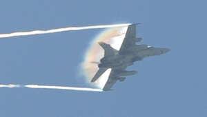 """استهلت مقاتلات من طراز """"اف ايه-18"""" العمليات الجوية ضد """"داعش"""""""