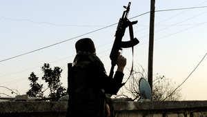 مقاتل من الجيش السوري الحرب