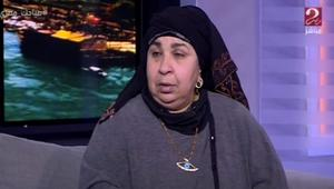 رسالة غريبة من ممثلة مصرية للسيسي: إلبس