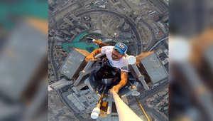 """وكان قد اختار قمة أعلى بناء في العالم """"برج خليفة"""" ليرفع علم الإمارات في 2013 بعد فوز الإمارة بحق استضافة معرض """"إكسبو الدولي 2020"""""""