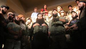 """مصادر إيران تشير لوصول مليشيات """"النجباء"""" و""""حزب الله"""" لحلب.. وقصف شديد على سراقب"""